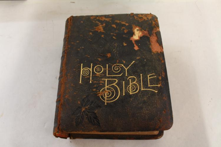 Antique Parellel Bible, Circa 1901, Philadelphia Bible House