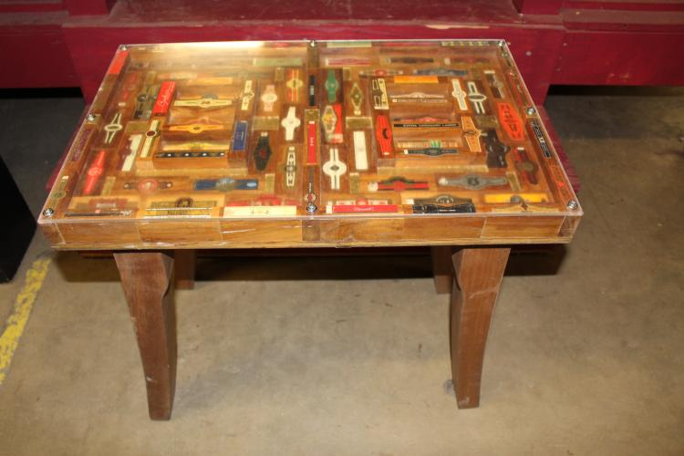 Cigar Band Table, Antique and Vintage Cigar Bands