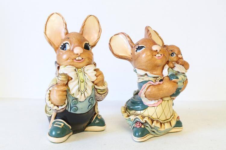 Lot of 2 Pendelfin Bunny Figurine