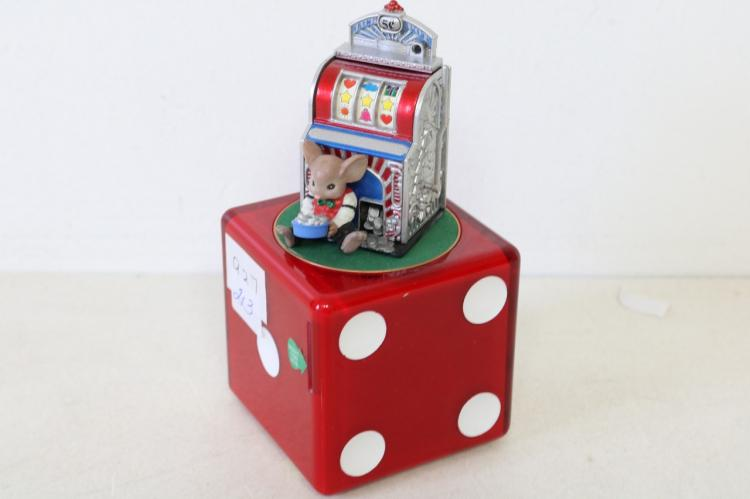 Enesco mini action Dice Slot Machine, musical bank