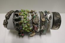 11 piece lot of Vintage Costume Jewelry Bracelets