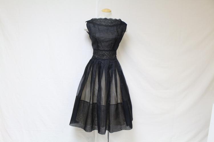 Vintage 1960s Elinor Gay Black Organza & Lace Dress