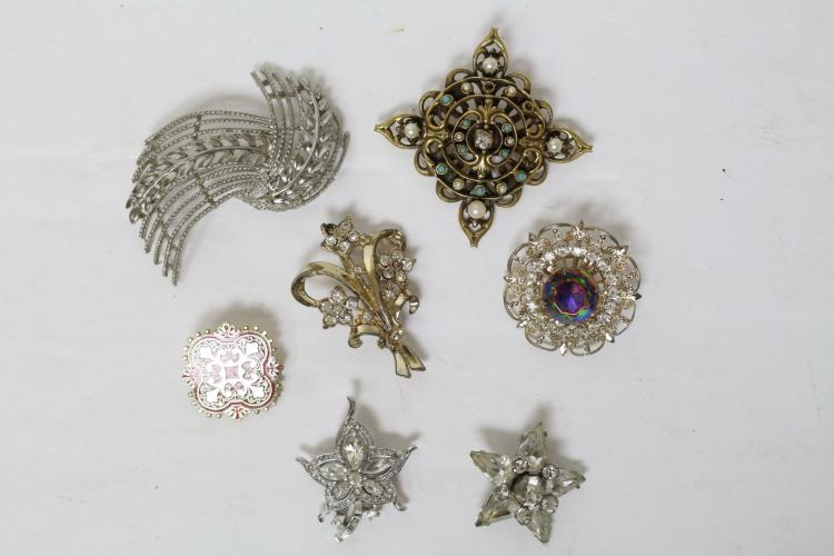 Vintage Lot of Brooches (7)