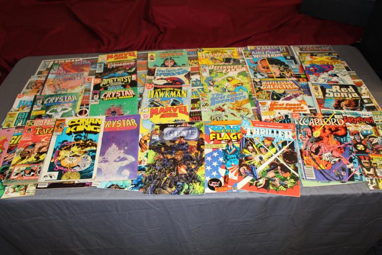 lot of 80 comics, reading or collectible lot Superhero variety