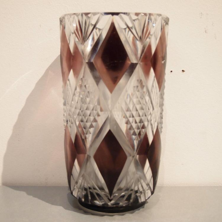 dating val st lambert Val saint lambert is a belgian crystal glassware manufacturer, founded in 1826 and based in seraing it is the official glassware supplier to king albert ii.