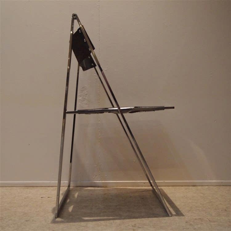 Fontani geraci reuter chaise vers 1970 mod le elios for Chaise modele