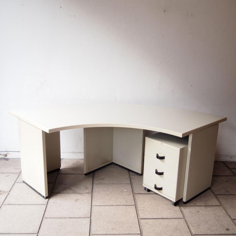 borsani osvaldo et eugenio guerli tecno. Black Bedroom Furniture Sets. Home Design Ideas
