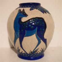 Kéramis : Vase Art-Déco ovoide, céramique émaillée, décor aux daims n°943,