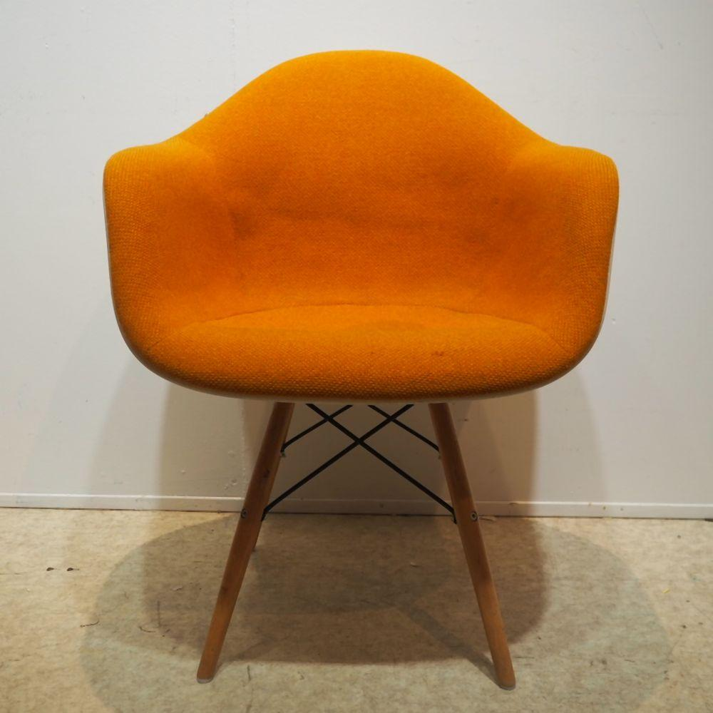 Eames Charles & Ray / Herman Miller / Mobilier international : Fauteuil visiteur, modèle Daw, dessin