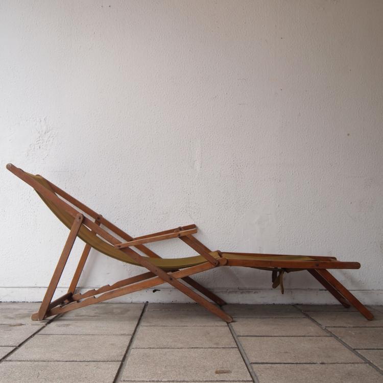 Transat avec repose pied vers 1950 - Chaise avec repose pied ...