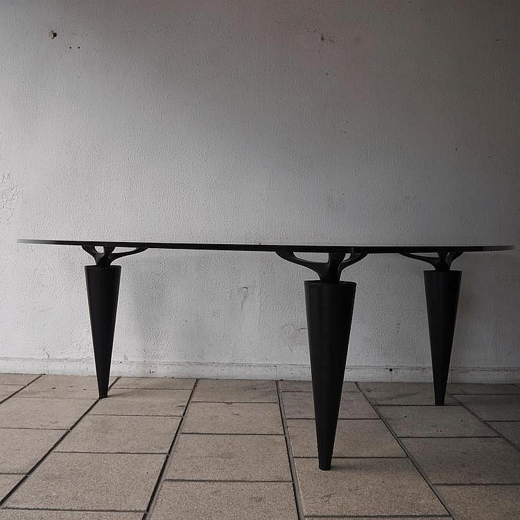 Hosoe Isao / Cassina: Table haute,    modèle Oscar,