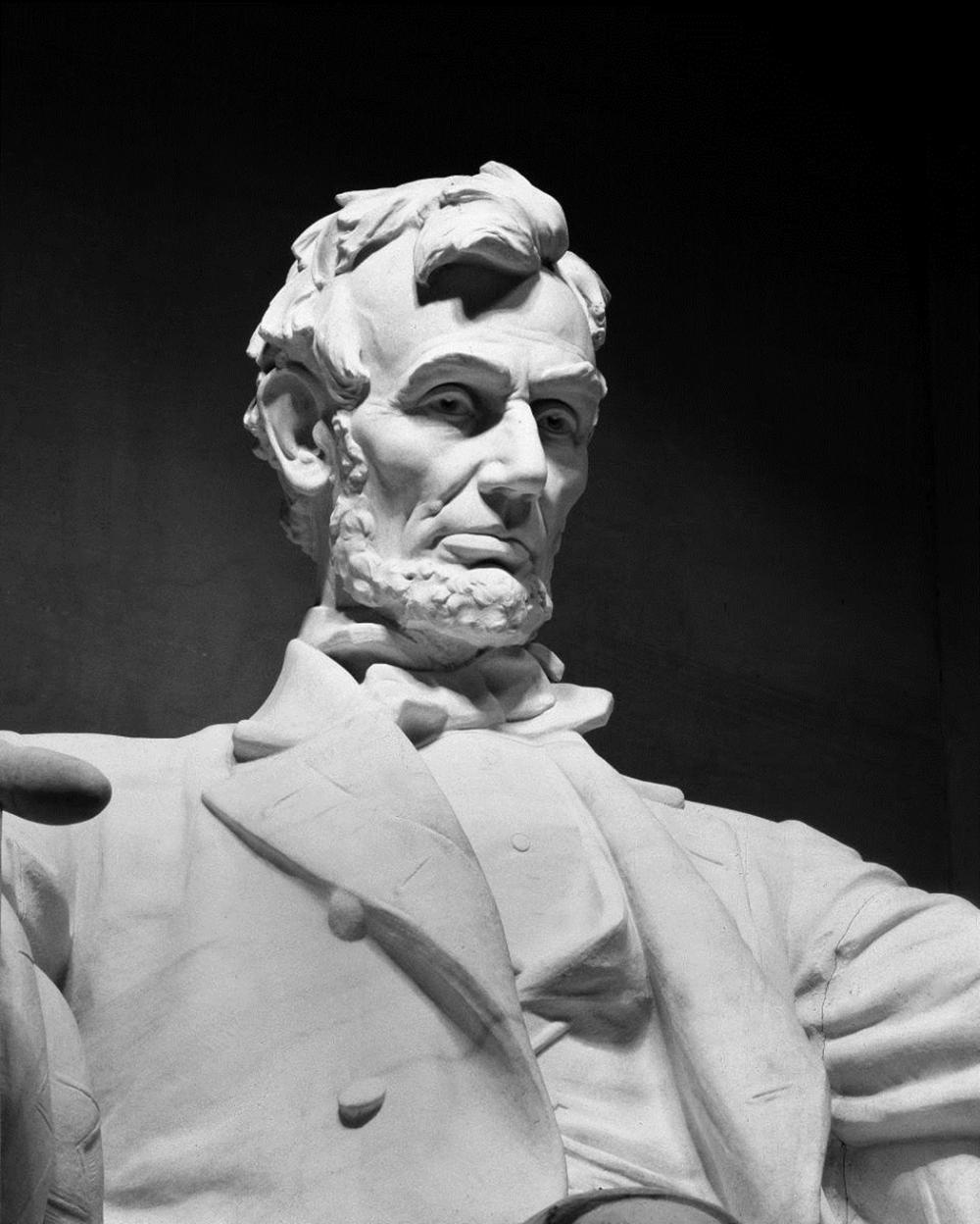 CAROL HIGHSMITH - LINCOLN MEMORIAL STATUE BY DANIEL CHESTER FRENCH, WASHINGTON, D.C. - BLACK AND WHITE VARIANT