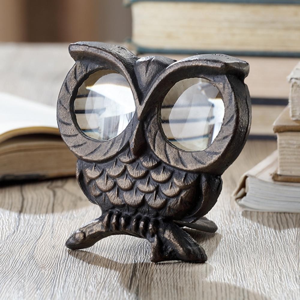 Owl Desktop Magnifier
