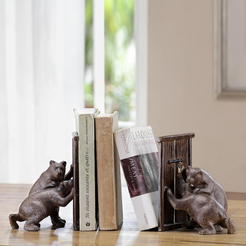 Hungry Bear Pair Bookends