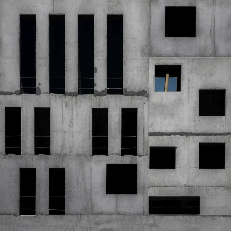 GILBERT CLAES - ISOLATION CELL