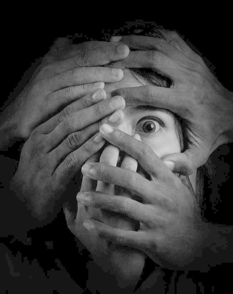 HERU AGUSTIANA - SHACKLES OF FEAR