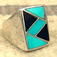Vintage Zuni Turquoise Jet Lightning Bolt Channel Inlay Cast Ring