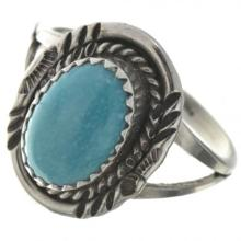 Kingman Turquoise Ladies Ring Navajo Silver Design