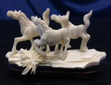 Bone 3 Horses Group