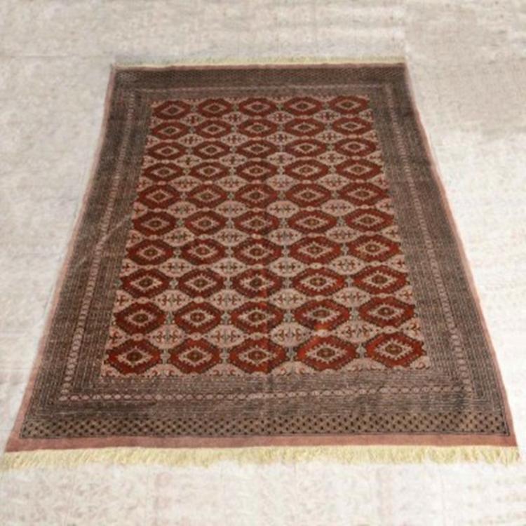 "Southwest Style Geometric Wool Rug 88"" X 117"""