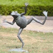 Art Dancing Frog Spitter