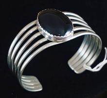 Lg Navajo Five Wire Onyx Bracelet