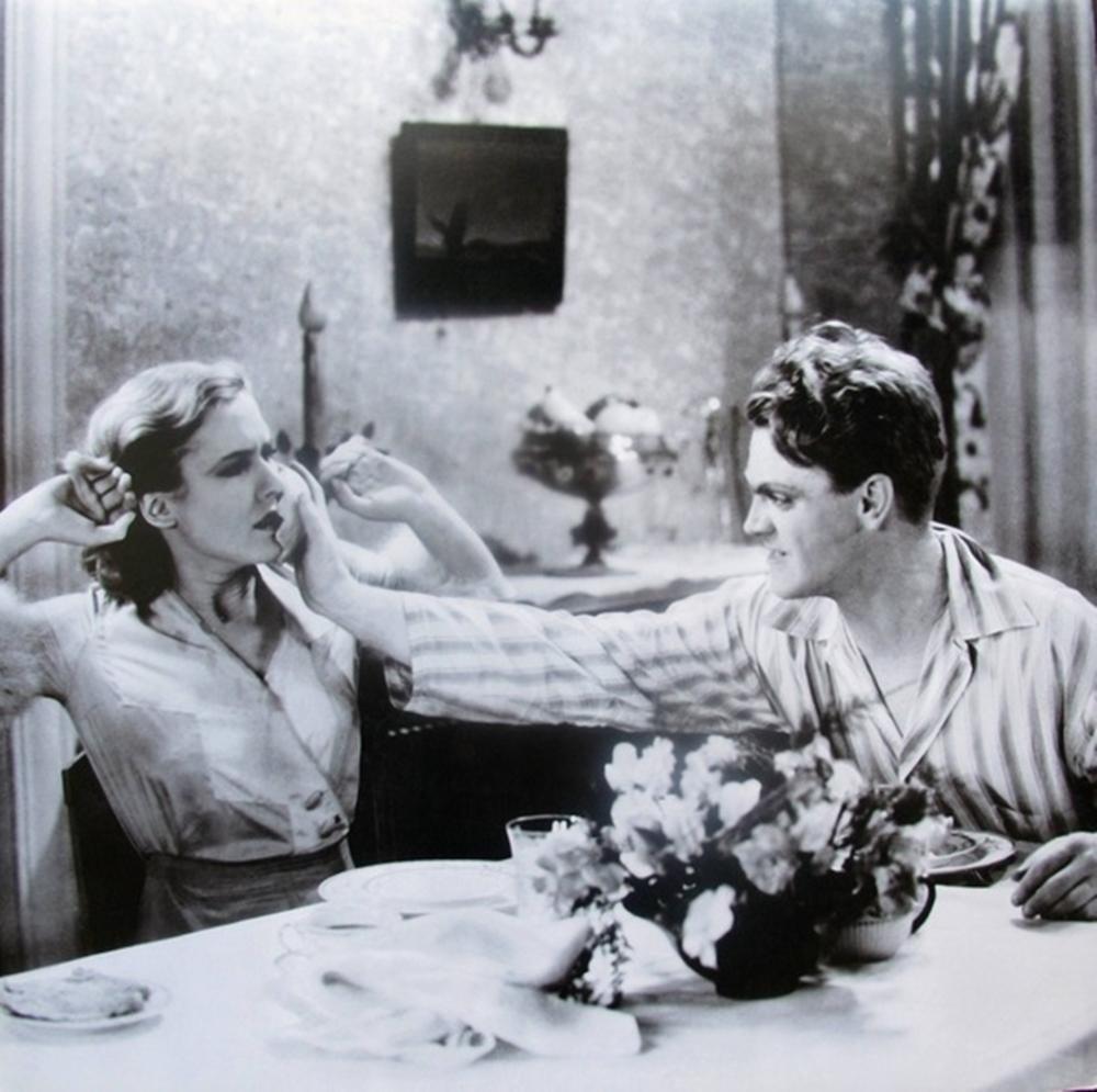 James Cagney  Mae Clarke's Smashes A Grapefruit Into Mae Clarke's Face Public Enemy