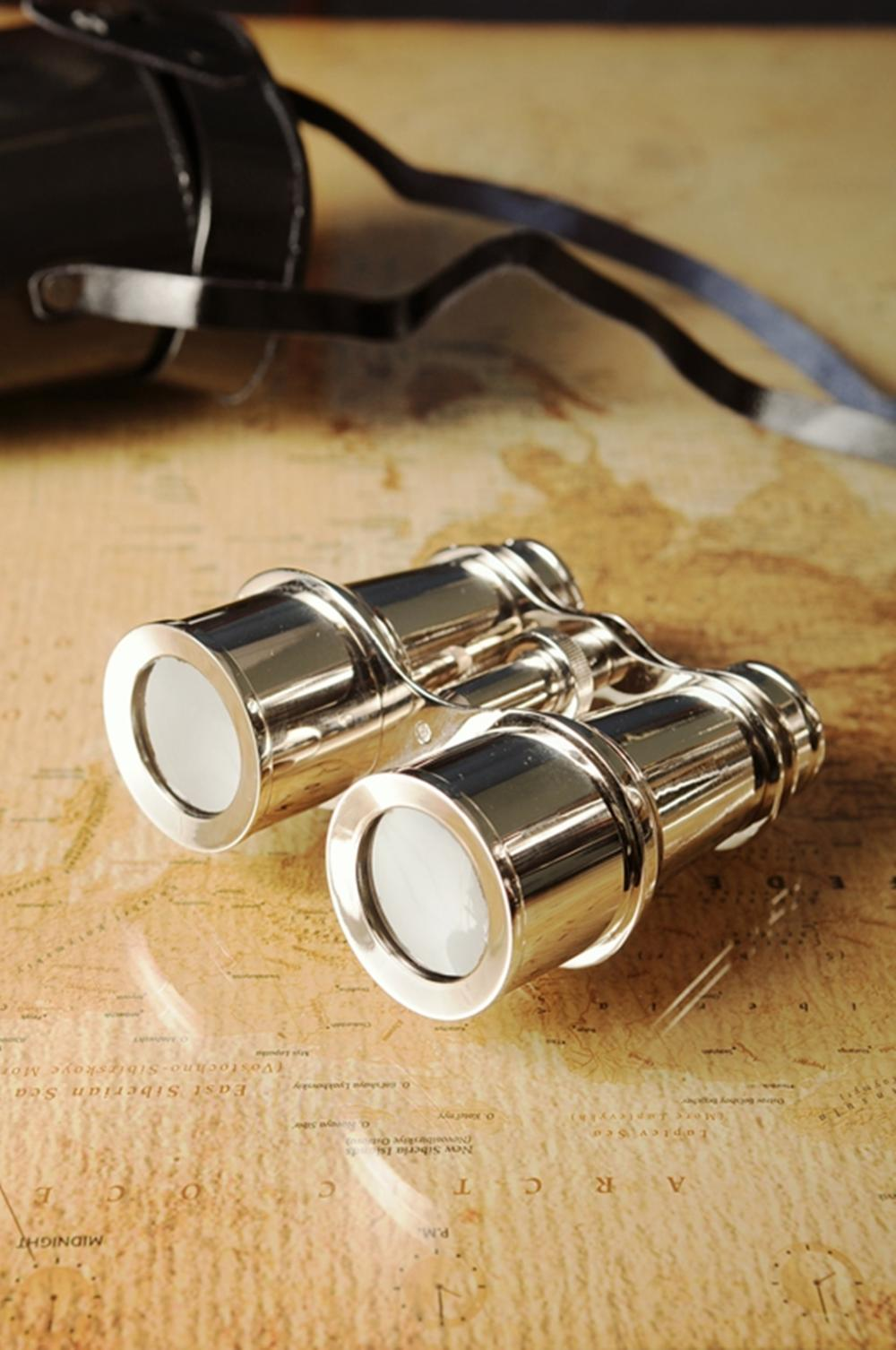 Brass Binocular W Leather Case