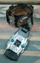 Vintage Navajo 14ct Turquoise Repousse Stamped Concho Belt