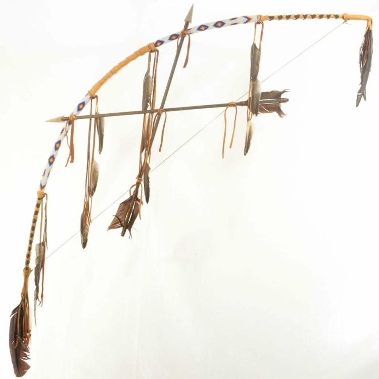 Indian Beaded Buckskin Bow Arrows Southwest Display