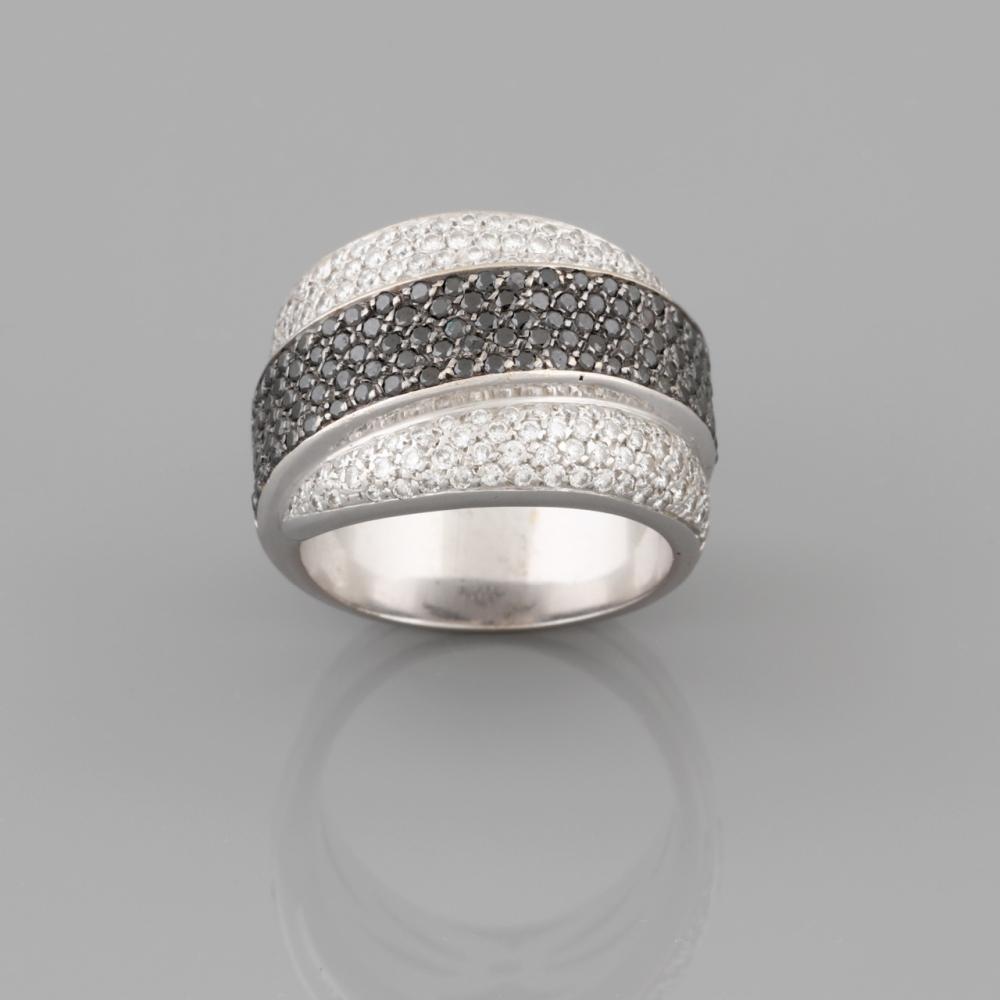 White gold ring set with diamonds