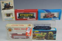 HO Scale Model Train Grouping