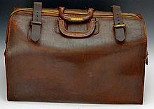 Large Vintage Leather Doctors Bag