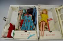 Barbie Doll Trunk with Clothes