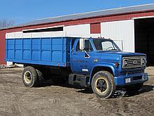 1973 Chevrolet C60 2 ton grain truck