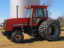 1982 Allis Chalmer 8070 tractor