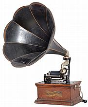 Columbia Phonograph Co., Inc., New York, NY. Model BKT cylinder phonograph with original painted tin horn. This model was made to play 2 or 4 minutes cylinders.