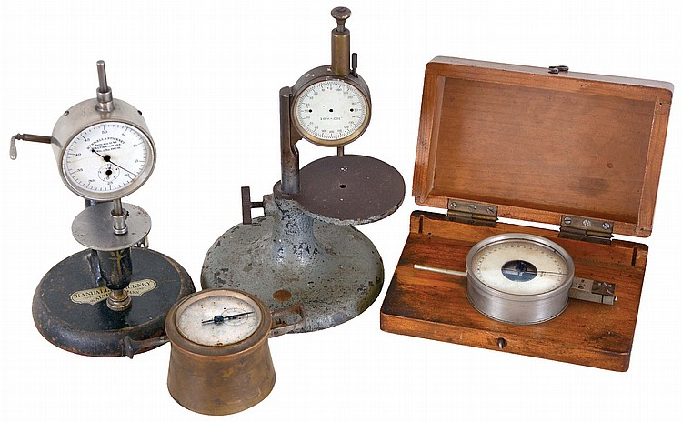 Four watchmakers bench micrometers, including a boxed, Glashutte style, metric, one with brass case, metric, a Randall and Stickney thickness gauge, imperial, and another unmarked thickness gauge, also imperial