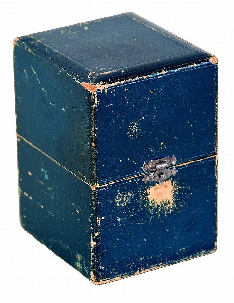 A. Dumont & Fils, Chaux de Fonds, Switzerland, watchmakers hairspring vibrator with storage box, 18000 beat balance