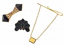 Gold items- 3 (Three), including a 14 karat rose gold brooch set with two faceted onyx, a 10- 12 karat yellow gold brooch, set with teardrop shape onyx, and a 14 karat yellow gold tie bar set with citrine, 14k, 18.6g TW, 10- 12k, 6.7g TW