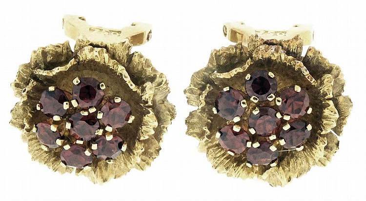 Earrings, 18 karat yellow gold flower form, each set with 7 faceted garnets, 14g TW