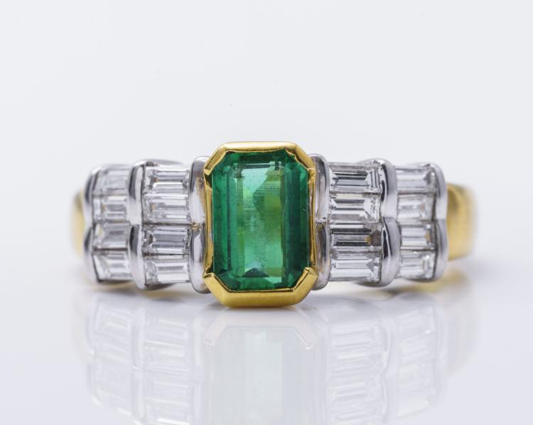 18k YG Brand New Columbian Emerald & Diamond Ring.