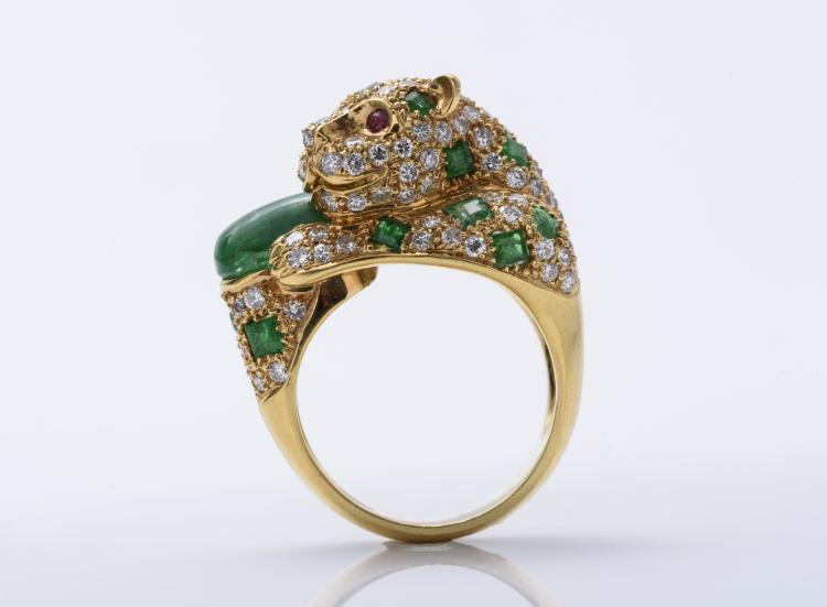 18K YG Diamond and Emerald Panther Ring.