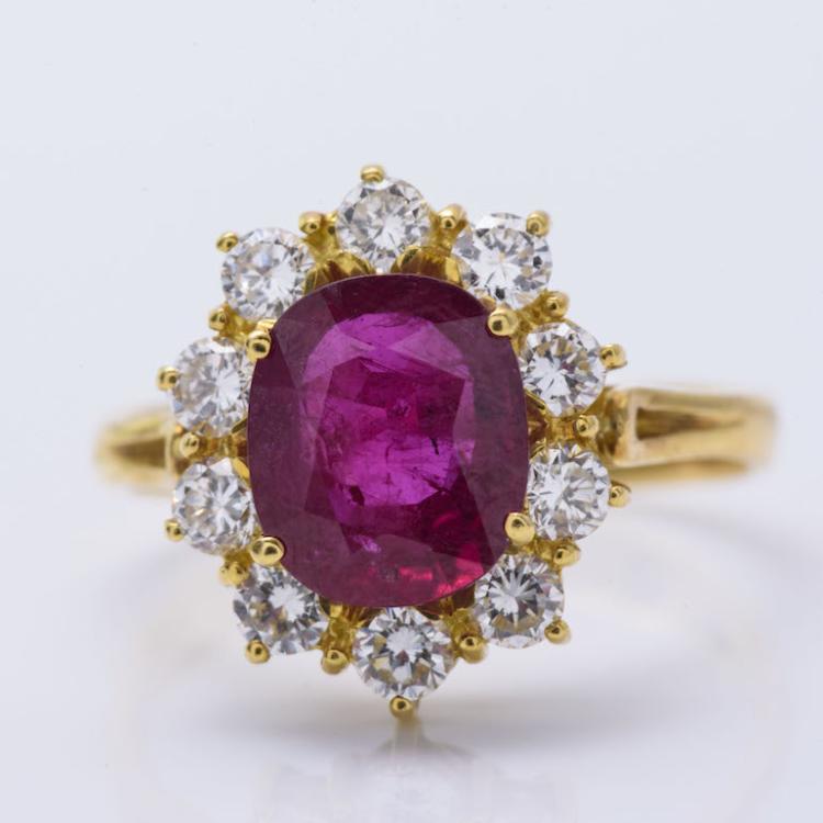 18K YG Ruby & Diamond Flower Shape Ring.