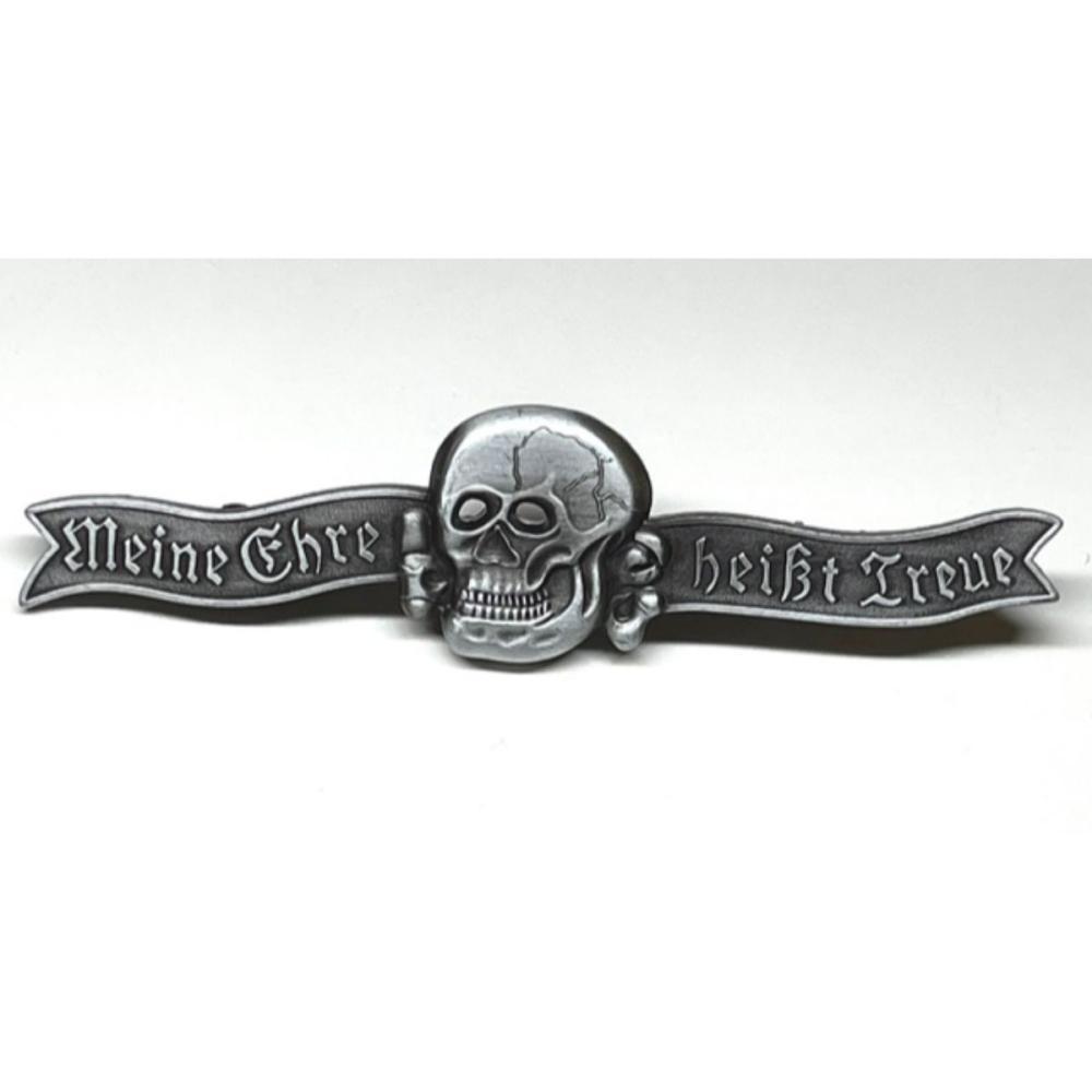 WW2 Nazi Germany Medal w/Skull Breast Uniform Pin