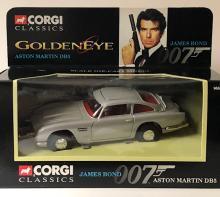 Sealed CORGI Toys Die-Cast 007 James Bond ASTON MARTIN DB5