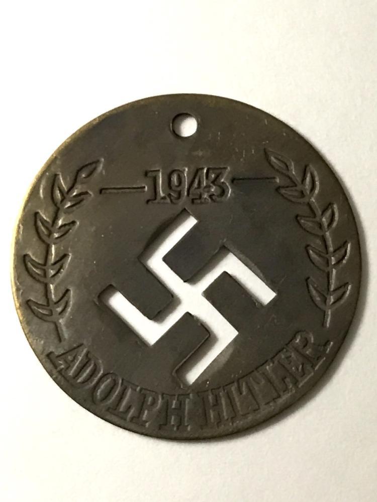 1943 ADOLF HITLER Nazi Germany Swastika Medal/Token