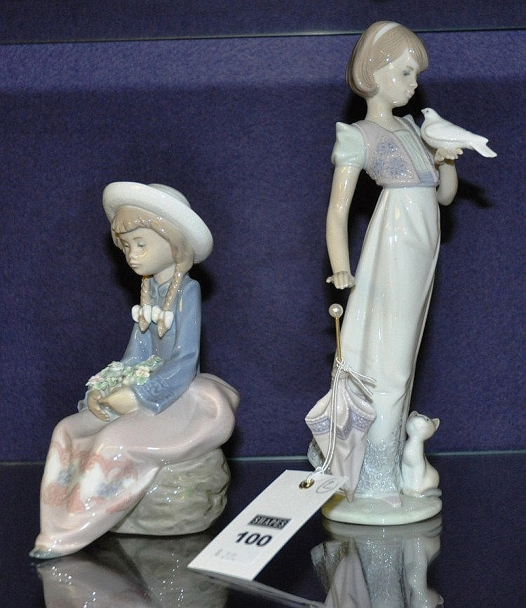 Two Lladro Spanish porcelain figures (2)