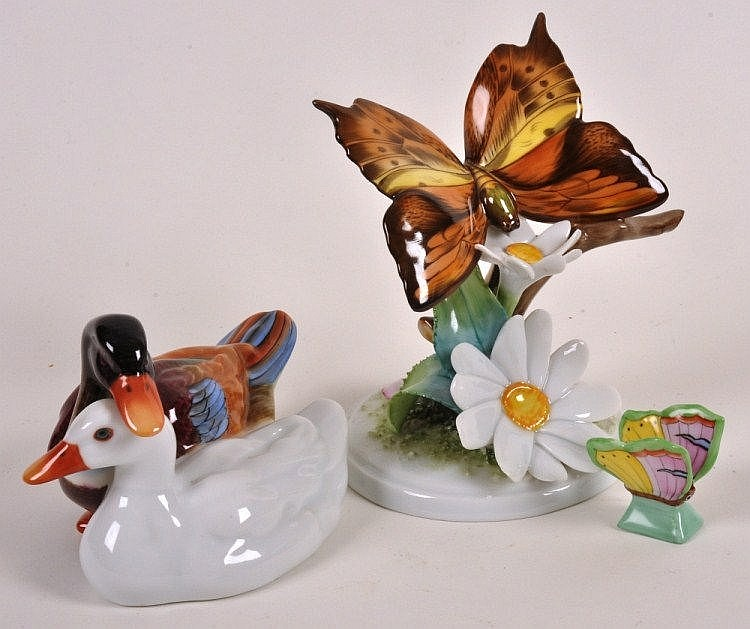 Herend porcelain butterfly and daisy figure