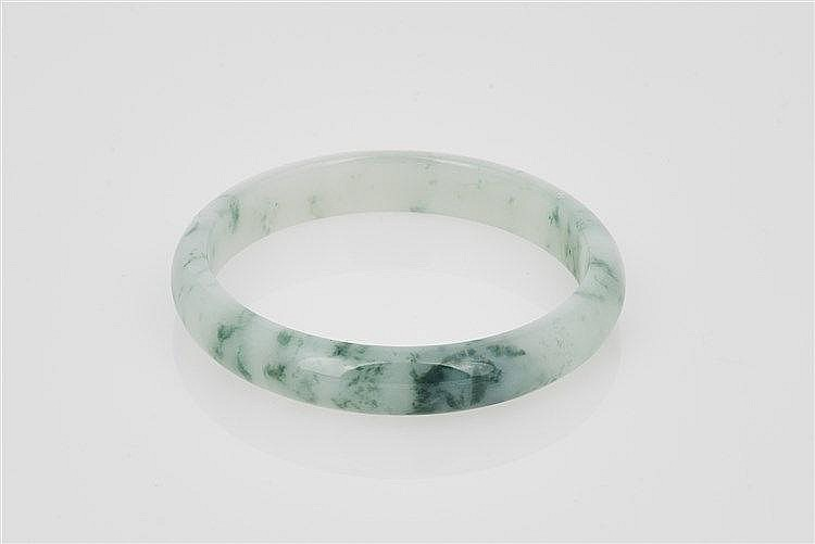 Nephrite Bangle